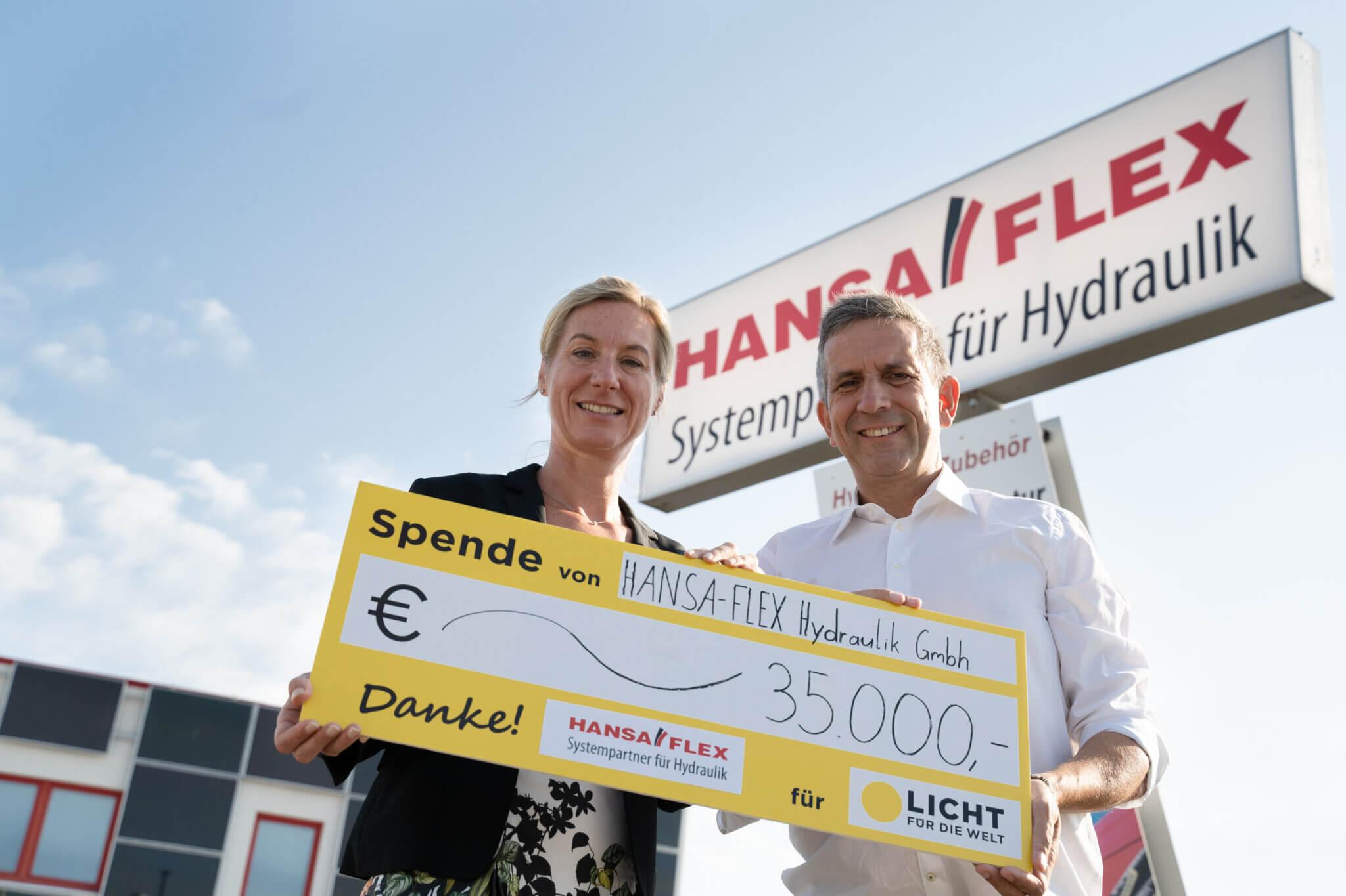 Seit 2013 unterstützt Hansaflex Licht für die Welt. 2019 hat das Unternehmen Menschen in Äthiopien mit 35.000€ unterstützt.