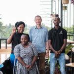 Auf dem Weg in ein inklusives Arbeitsumfeld in Uganda (c) Erika Bojarczuk